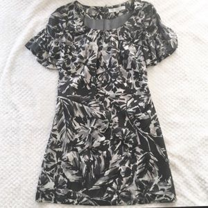 Trina Turk Short Bell Sleeve Print Dress 4